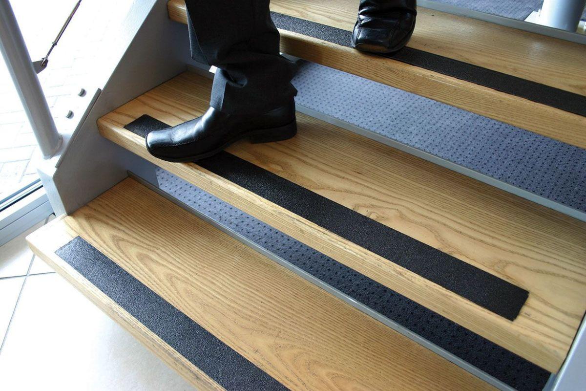 Anti Slip Flooring : Anti slip floor tape gripfoot workplace stuff