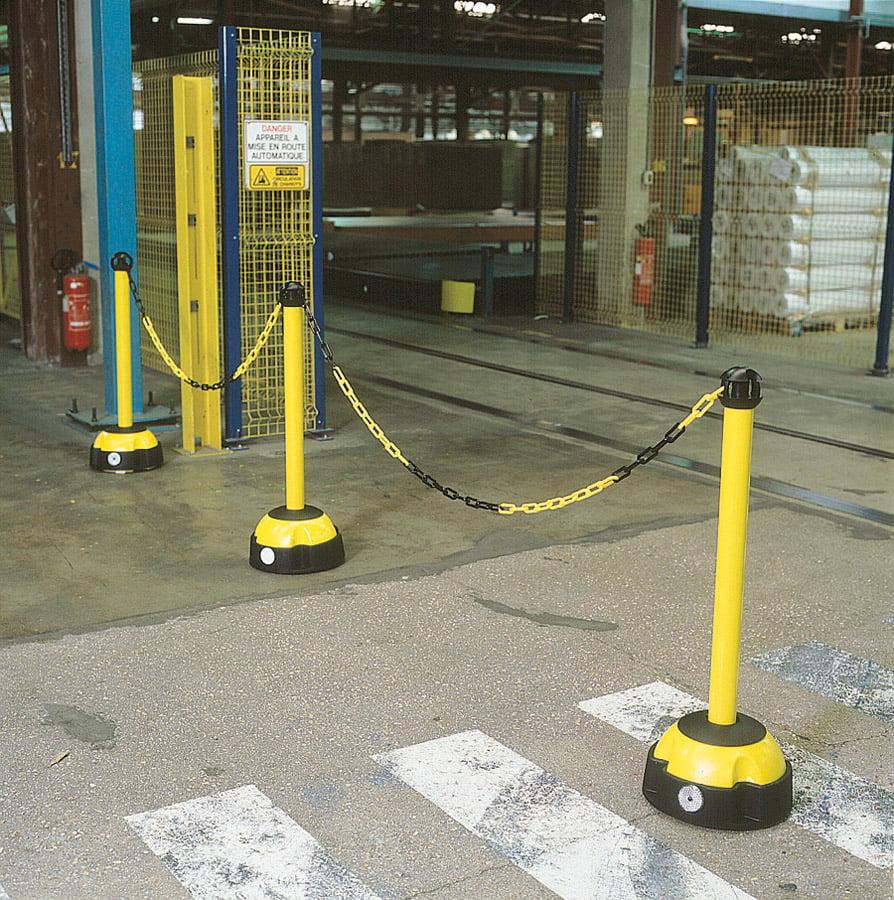 Hi Vis Chain Barrier Posts Workplace Stuff