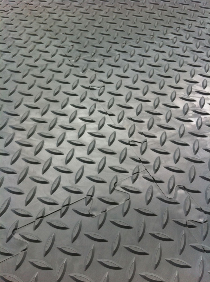 Interlocking Vinyl Floor Tiles Checker Plate Surface